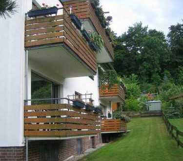 5,5 Räume a. 2 Etagen (178 m² Grundfl.), 2 Bäder, Sauna, eigener Garten u. Stellplatz - Waldrandlage