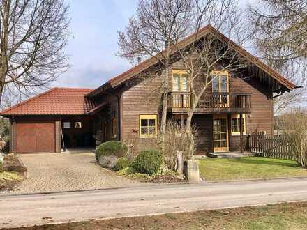 Für Pferdefreunde - Wohnhaus mit Stallgebäude in Randlage zur Miete