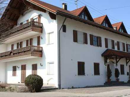 Für Kapitalanleger: Vermietetes Apartmenthaus Nähe A8 Anschluss Burgau in Burtenbach