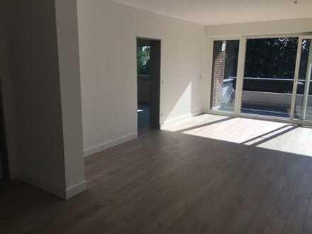 schöne 4-Zimmer-Wohnung mit Balkon und Kamin