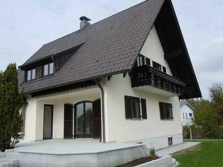 Schönes renoviertes Einfamilienhaus in guter Lage