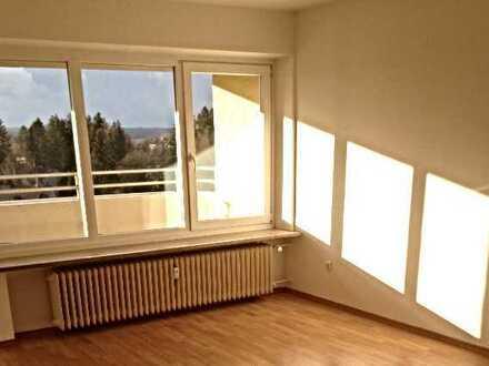 Lichtdurchflutete 3 Zimmerwohnung mit Alpenblick