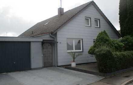 Tolles Haus -beste Lage- voll möbliert - alles renoviert - Doppelgarage - Designküche - 4x TV