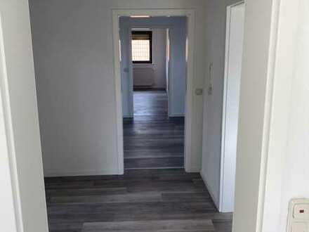 Erstbezug nach Sanierung: schöne 3-Zimmer-Dachgeschosswohnung in Altertheim