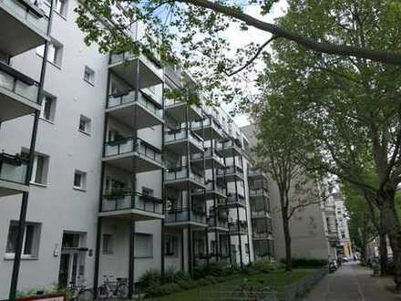Gehobene, moderne 4 -Zimmer-Wohnung mit Dachterrasse und Loggia: Panoramablick über Berlin!