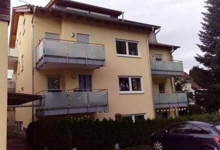 Repräsentative 3-Zimmer-Wohnung, neuwertig in idyllischer Wohnlage