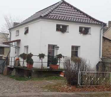 Bild_Schöne 2-Zimmer-Erdgeschoss-Wohnung mit Garage in Rheinsberg