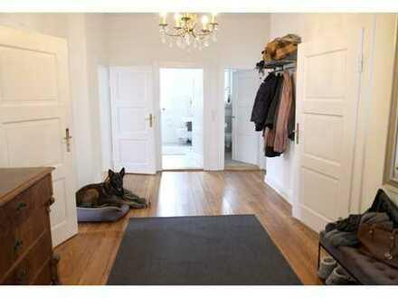 Helle 5-Zimmer Luxus-Wohnung in Jugendstil-Villa