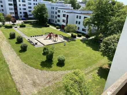 Rundgang ins Zuhause – 3 ZKB inkl. EBK+TG+WC/Badmöbel mit Balkon, Keller, Aufzug *von privat*