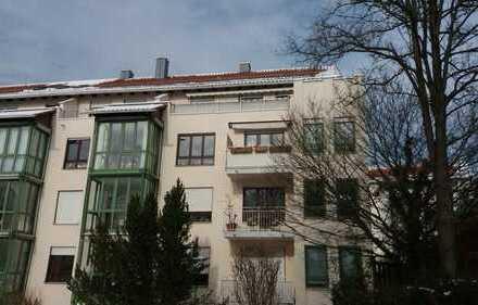 Helle 3-Zimmer Dachterrassenwgh. - auch ideal für Münchenpendler
