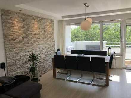 1.500 €, 93 m², 4 Zimmer