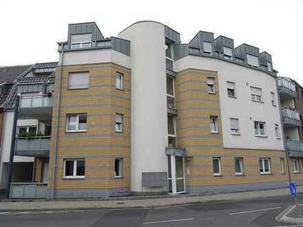 Moderne, hochwertige Drei-Raum-Terrassenwohnung in MG-Windberg