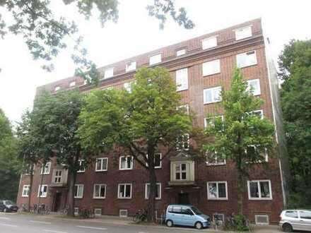 Vermietete 3 Zi.-Whg. mit großem Garten in Eimsbüttel Ideales Anlageobjekt mit guter Rendite