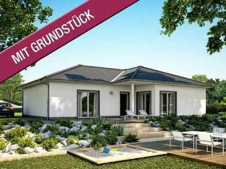Vielseitiger Bungalow für die individuelle Familie! - Über 900m² in grüner und ruhiger Umgebung