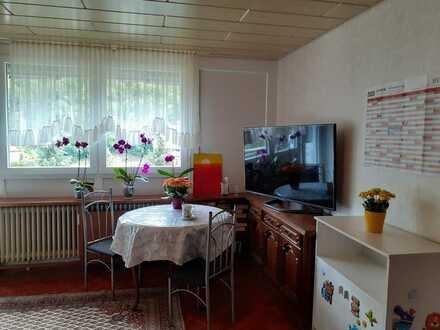 ÜBER DEN DÄCHERN VON TODTMOOS! 3-Zimmerwohnung mit zwei Balkonen