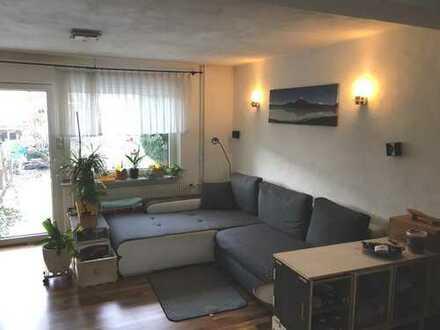 Nachmieter gesucht! 2,5-Zimmer-Erdgeschosswohnung mit großer Terrasse und EBK in Singen