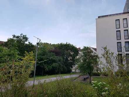 Helle 3-Zimmer-EG-Wohnung mit Terrasse und Garten in Neustadt-Süd, Köln