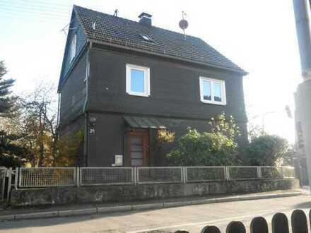 Haus in Bergneustadt gesucht? Direktkontakt zum Vermieter unter 0152 33 6 88 203