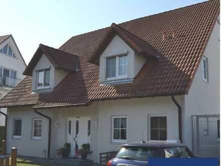 Schönes Haus mit fünf Zimmern in Leerstetten/Schwanstetten