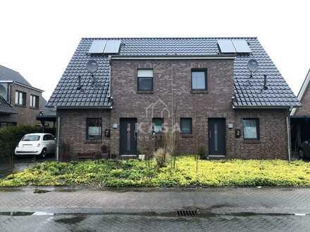 Moderne Doppelhaushälfte mit Garten und Carport in Leer-Heisfelde!