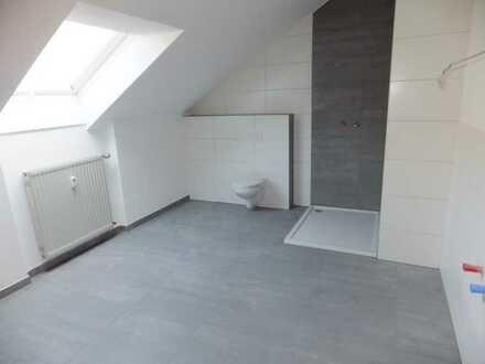 Geräumige, neu renovierte 2,5-Zimmer-DG-Wohnung in Mespelbrunn