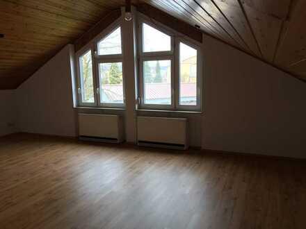 sanierte 2 Zimmer Dachgeschosswohnung in Bad Schussenried