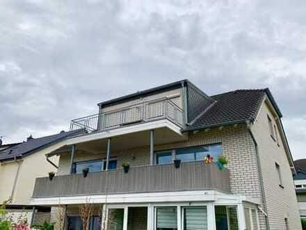 Helle 3-Zimmer Wohnung mit Balkon und EBK, Klima, Stellplatz
