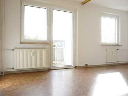 1-Raum-Wohnung mit Balkon und Aufzug