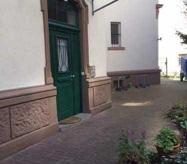 Geräumige, gepflegte 2,5-Zimmer-Wohnung sehr hell und freundlich in Bestlage Mannheim