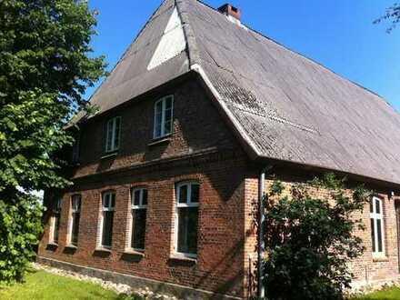 Historischer Resthof am dem Lande