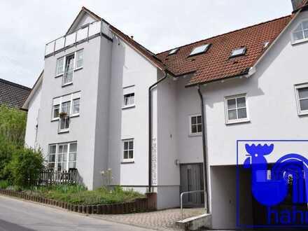 Idyllisch gelegene 2-Zimmer-Wohnung mit sonniger Terrasse und Doppelparker-Stellplatz in Pfäffingen