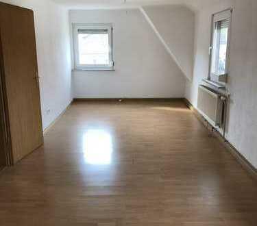 Schöne Wohnung in mitten von Ludwigsburg ,