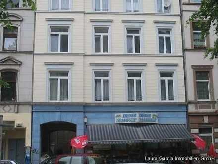 Wohn-/Geschäftshaus mit 7 Wohneinheiten und 2 Gewerbeeinheiten Mieteinnahme: 84.120,00 Euro p. a.