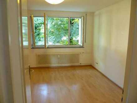 WG Zimmer in Dreisamnähe mit Balkon, Wohnzimmer und Keller zu vermieten