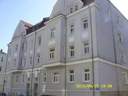 3-Raum DG-Wohnung, Stadtnähe, mit Aufzug, ruhige Lage,