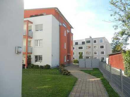 Wunderschönes Wohnen in Lörrach, 3 Zimmer mit Terrasse, Aufzug und TG