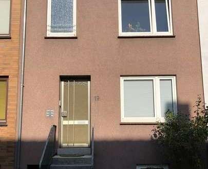 Hübsche 2-Zimmer im Dachgeschoss eines kl. 3-Familienhauses