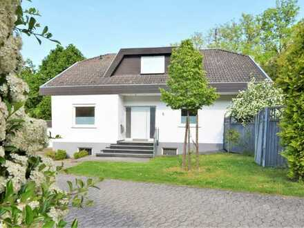 Wunderschönes Einfamilienhaus in idyllischer Lage | Schwimmteich | Garten | Garage