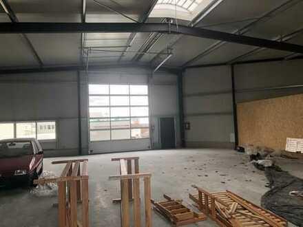 Neubau-Erstbezug ! Lagerhalle in verkehrsgünstiger Lage