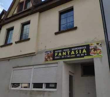 *A-087-1* Einfamilienhaus mit Gewerbeeinheit (Pizza-Heimservice)