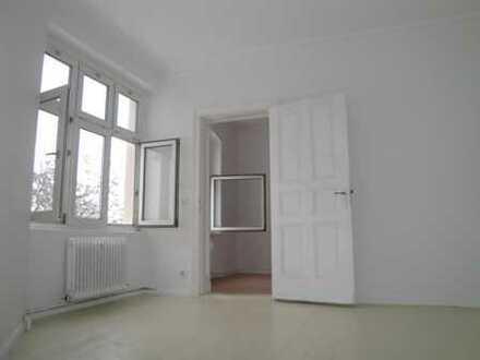 U-Blaschkoallee! - Alt-Britz! 5 Zimmerwohnung - Neu saniertes Tageslichtbad mit Wanne - ca. 101 m² -