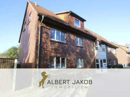 Schöne Dachgeschoss-Wohnung mit Terrasse in Top-Lage!