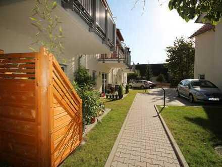 Top gepflegte und neuwertige Seniorenwohnung mit Terrasse