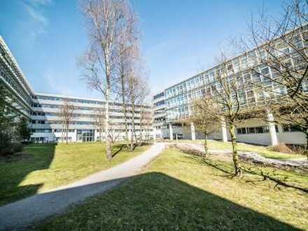Helle Büroflächen l moderne Architektur l mit Kantine im Haus | PROVISIONSFREI