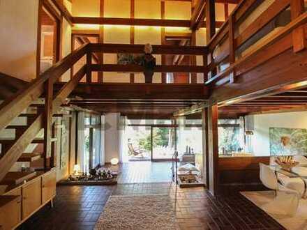 Großzügiges Wohnen mit Stil: 7-Zi.-EFH mit Balkon, überdachter Terrasse und idyllischem Garten
