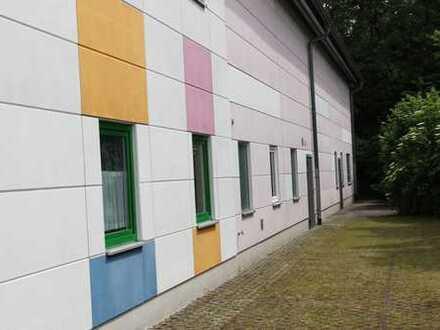 Top-Gewerbehalle mit Büro und Sozialräumen Lappersdorf
