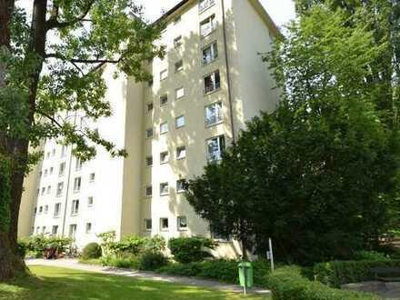 Traumhafter Blick in Bogenhausen - 3-Zimmer-Eigentumswohnung in der obersten Etage