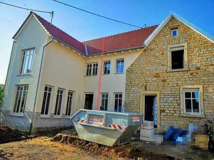 Neu erbautes Einfamilienhaus, zentrumsnah in Maikammer