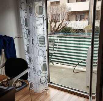 2 Zi-Eigentumswohnung mit Balkon in Mannheim-Neckarstadt West