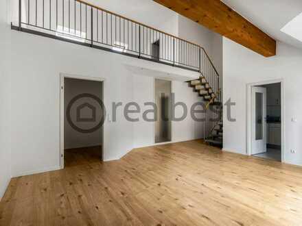 Charmante Maisonette-Wohnung mit luftiger Galerie, Balkon und 2 TG-Stellplätzen